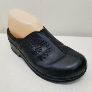Klogs USA Black Clogs 7.5M Leather Slip On Shoes
